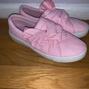 Shoes - Pink flat sneakers